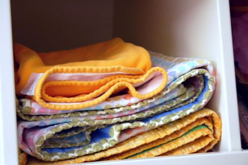 Blanket bin
